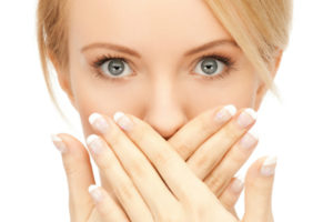 Из-за чего появляется запах изо рта