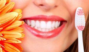 Как убрать зубной налёт – народные и профессиональные методы