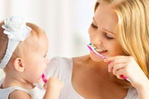 Когда обращаться к детскому дантисту